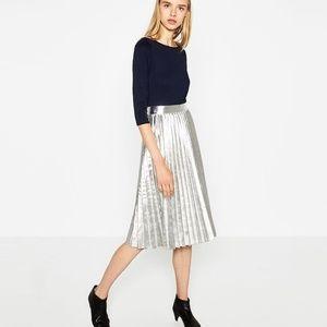 Zara Woman Metallic Accordion Pleat Skirt NWT - L